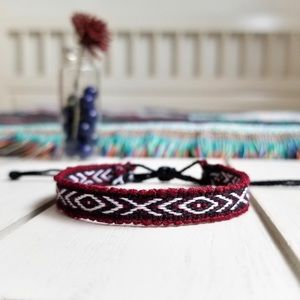 Jewelry - ✧3/$12✧ Burgundy & Black Boho Woven Bracelet